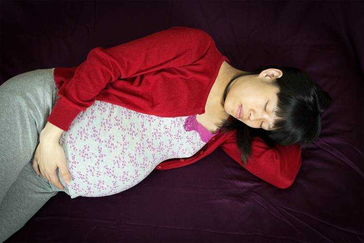El sueño de la mujer durante el embarazo; ¿Cómo cambia?