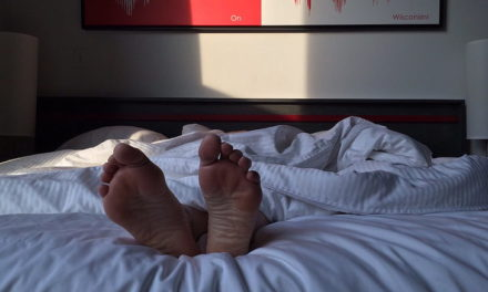Un estudio relaciona el síndrome de piernas inquietas con aumento del riesgo cardiovascular.